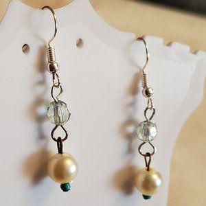 Silver Tone Hook Plastic Bead Dangle Earrings NWT